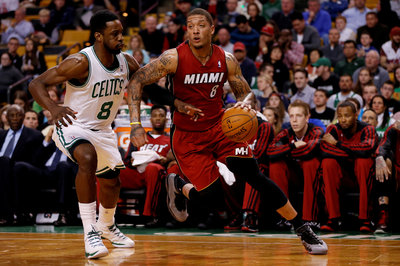 Report: Michael Beasley is working out with the Spurs