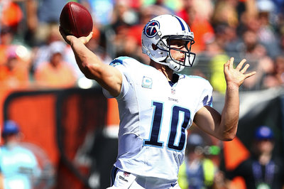 Jake Locker Injury Update; Titans QB Questionable for Colts