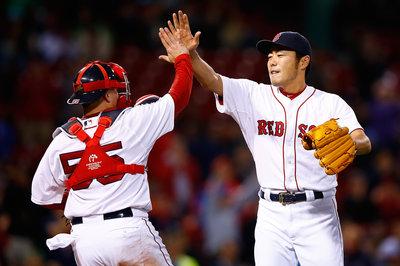 Red Sox re-sign Koji Uehara through 2016
