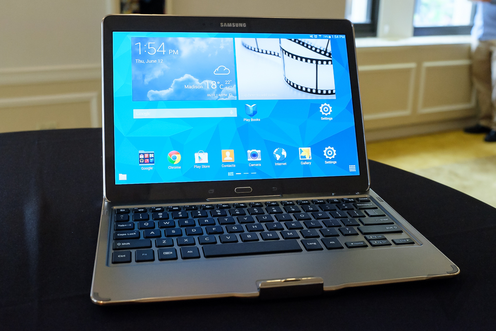 Sforum - Trang thông tin công nghệ mới nhất galaxytabS-1020-11 Galaxy Tab S của Samsung: mỏng hơn, nhẹ hơn - Đủ xứng tầm với iPad hay chưa?