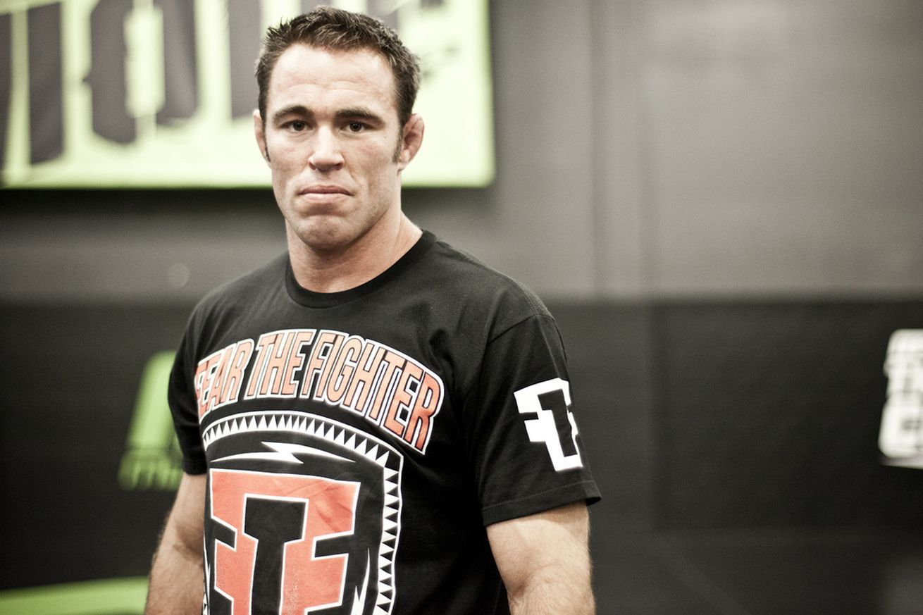 Video: Jake Shields slaps his opponent, calls him a bitch after grappling match