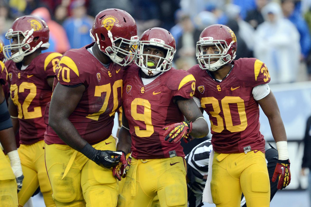 2013 USC football's 10 things to know: Overhauled Trojans ... Usc Football Team 2013