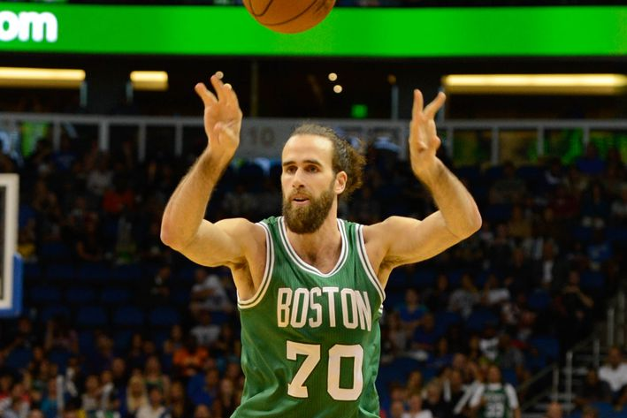 Gigi Datome and the Celtics' read-and-react offense Usa-today-8449256.0