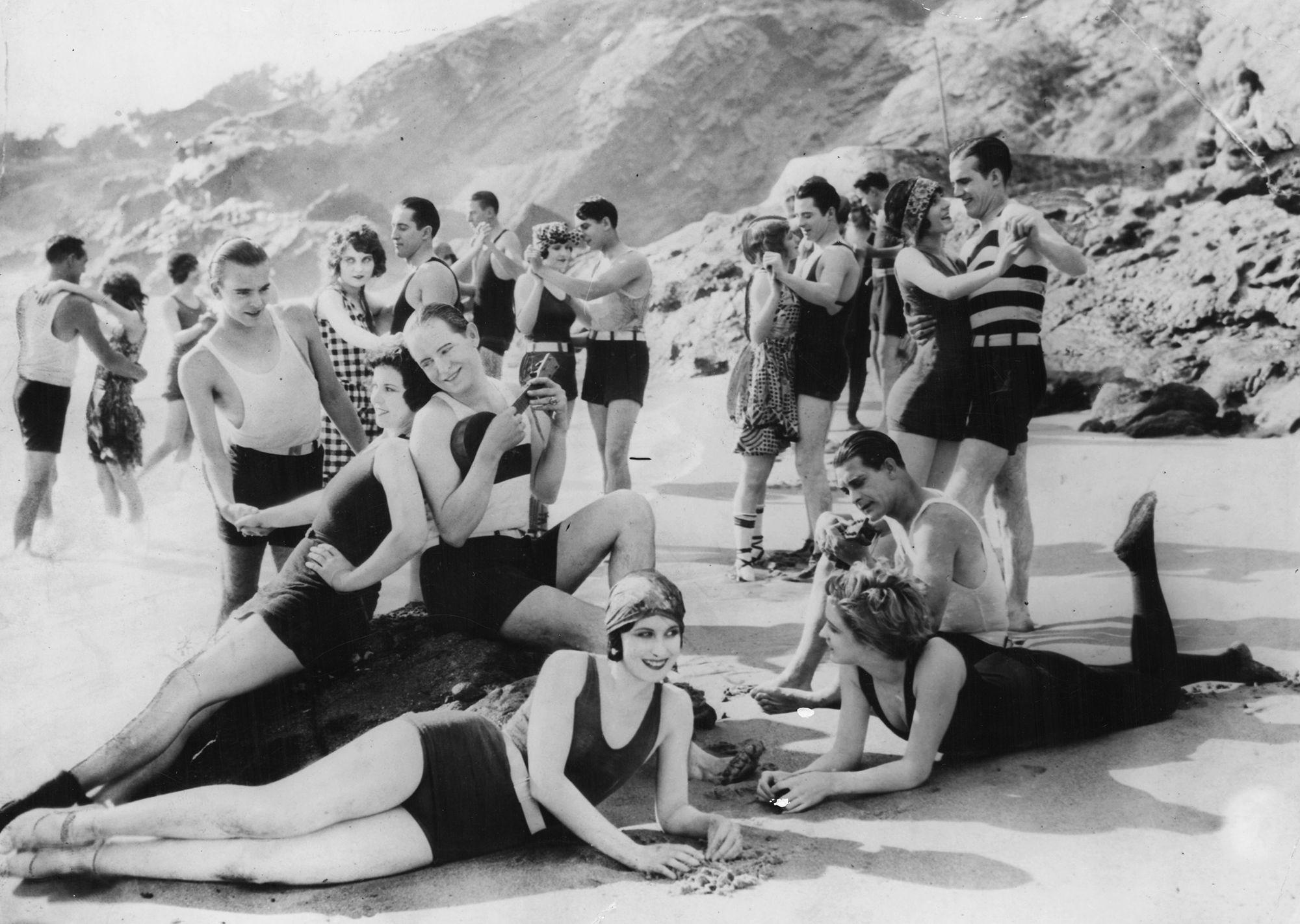 How The Bathing Suit Killed The Bathing Skirt Vox