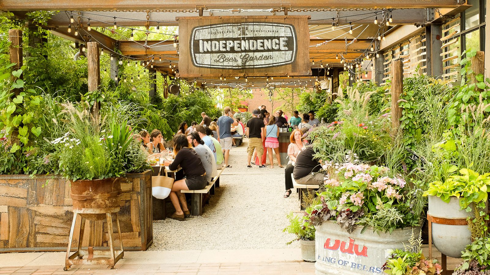 Independence Beer Garden Returns For The 2016 Season Eater Philly