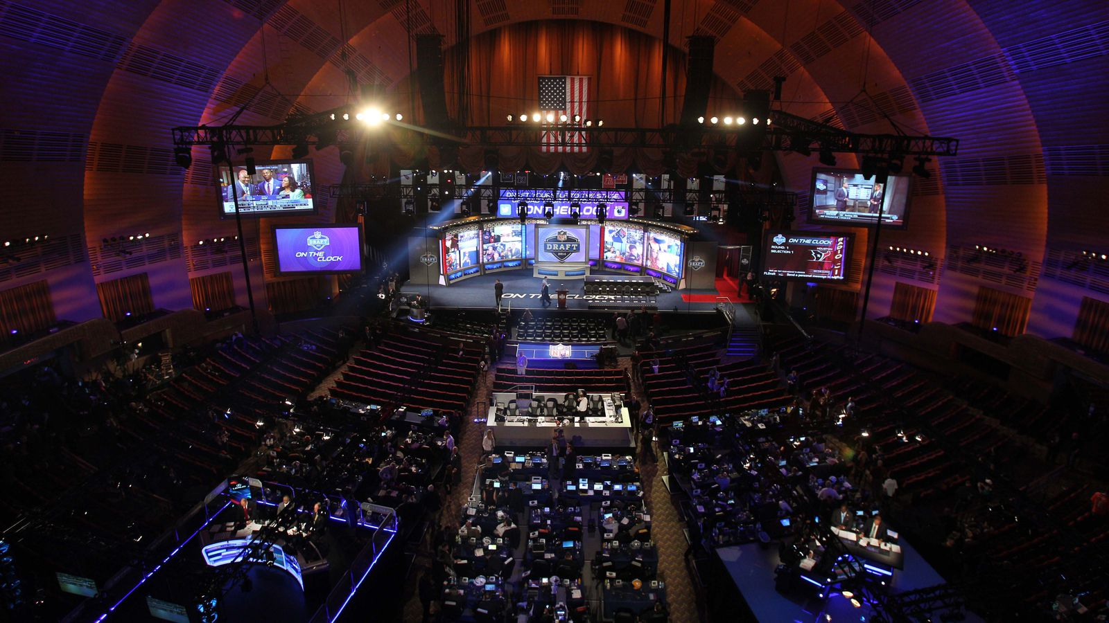 Chicago to Host 2015 NFL Draft: Draft Dates, Venue, Reaction and More ...