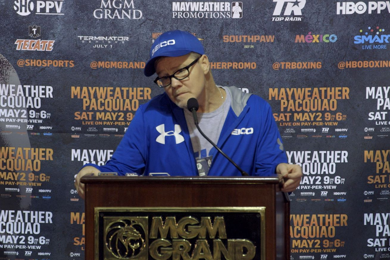 community news, Morning Report: Freddie Roach says Conor McGregor has not done well in training against professional boxers, would love to help him