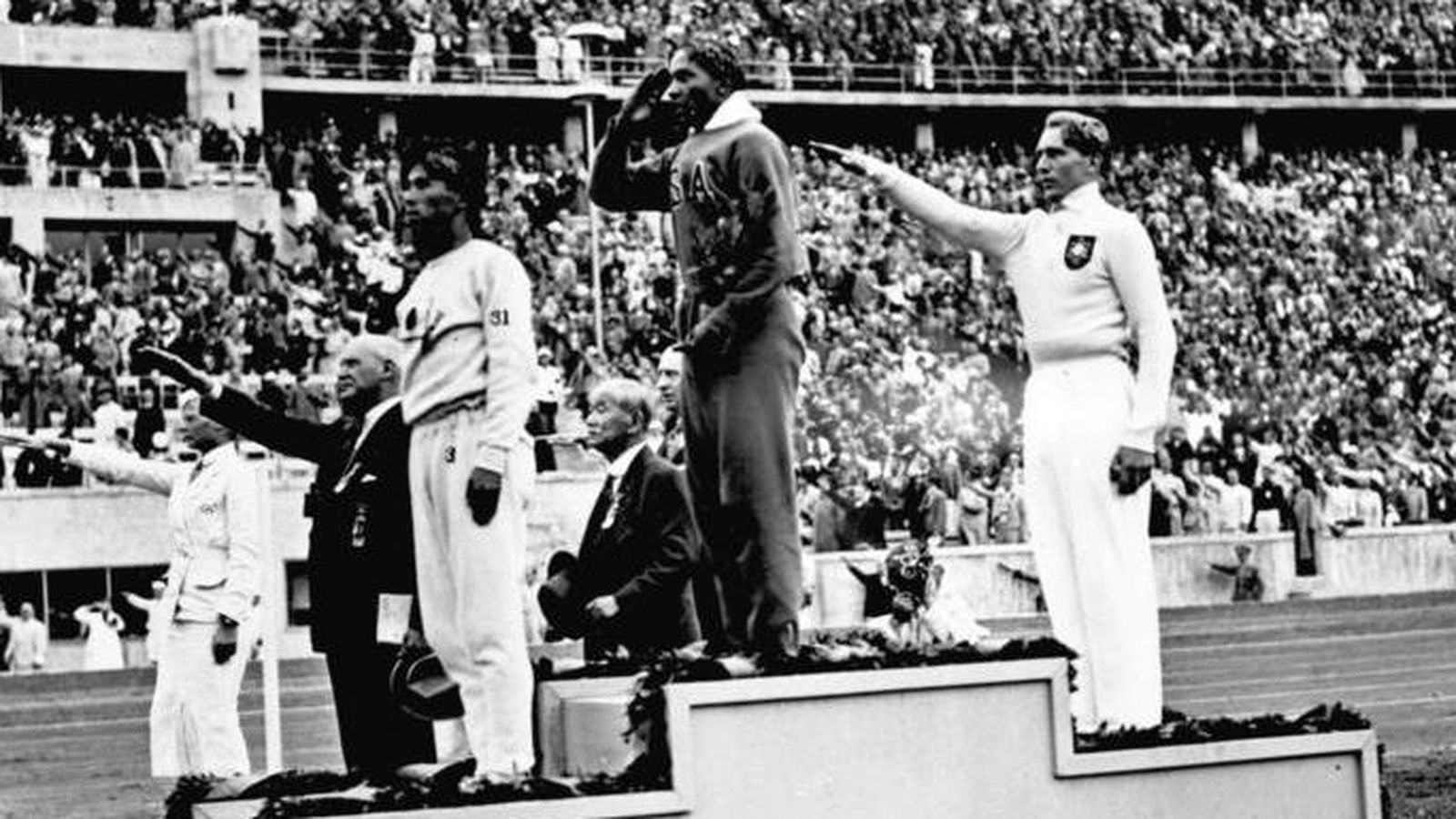 the life of jesse owens The olympics have long been the center of attention in the sports world, but perhaps no moment in the history of the games was as poignant as jesse owens' performance in berlin in 1936.