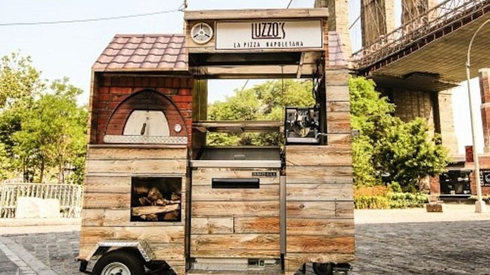 This Is The World S Smallest Wood Fired Pizza Cart Eater