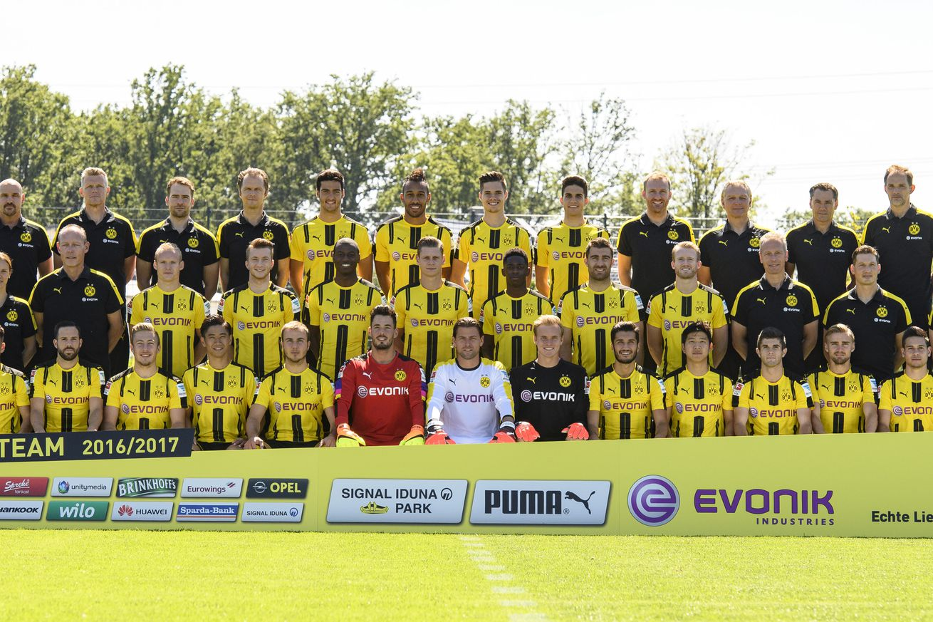 Kagawa leads Dortmund to 3-0 win at Trier in German Cup