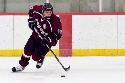 New England Prep: Nobles Defeats Dexter, 4-1