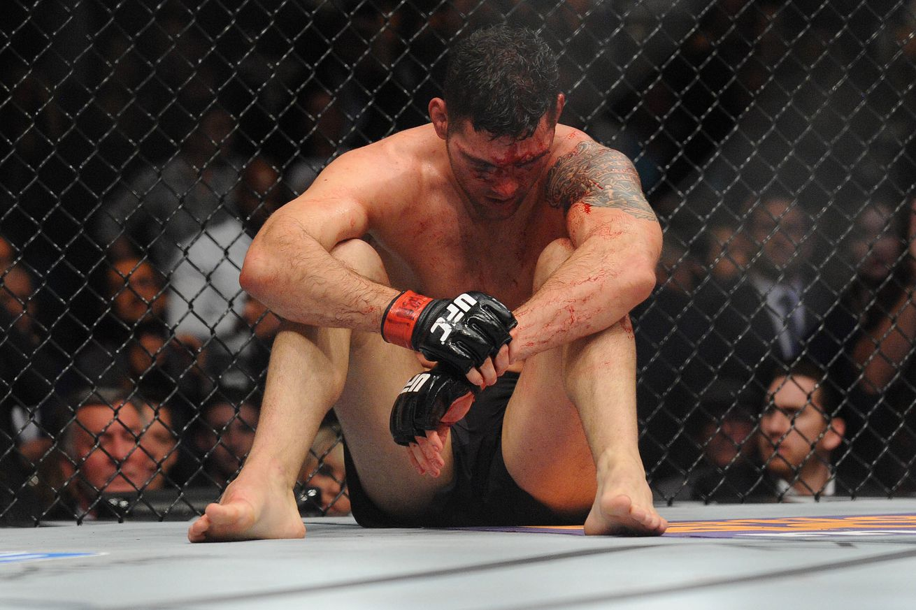 community news, Breaking: Chris Weidman injured, out of UFC 199 title fight against Luke Rockhold