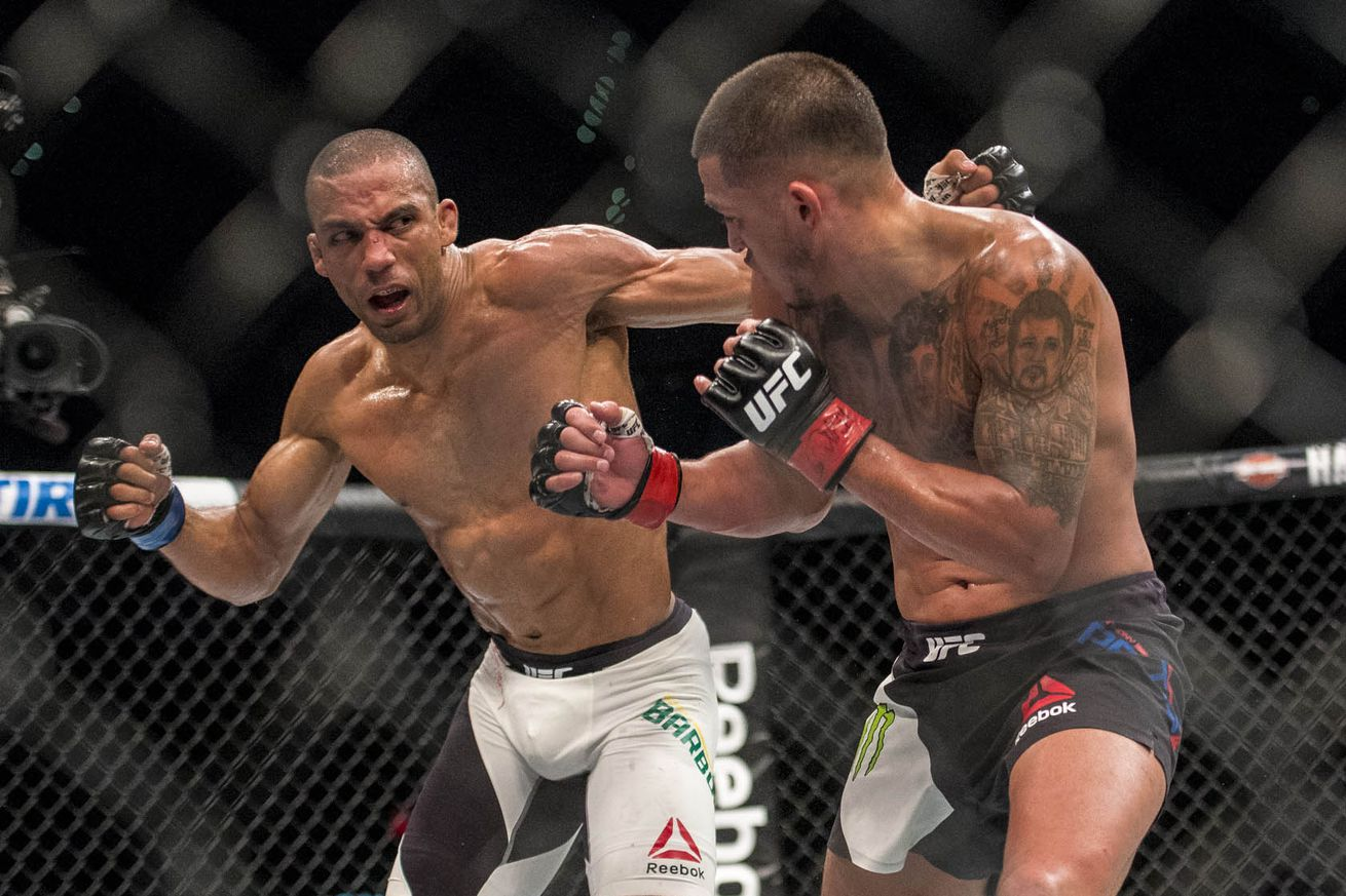 Edson Barboza eyeing title shot with win at UFC on FOX 20, discusses potential fight with teammate Eddie Alvarez