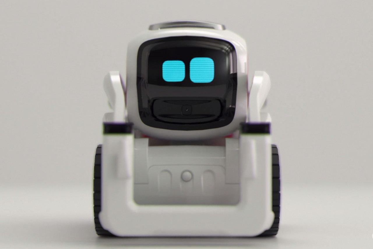 Anki S Cozmo Robot Is The Real Life Wall E We Ve Been
