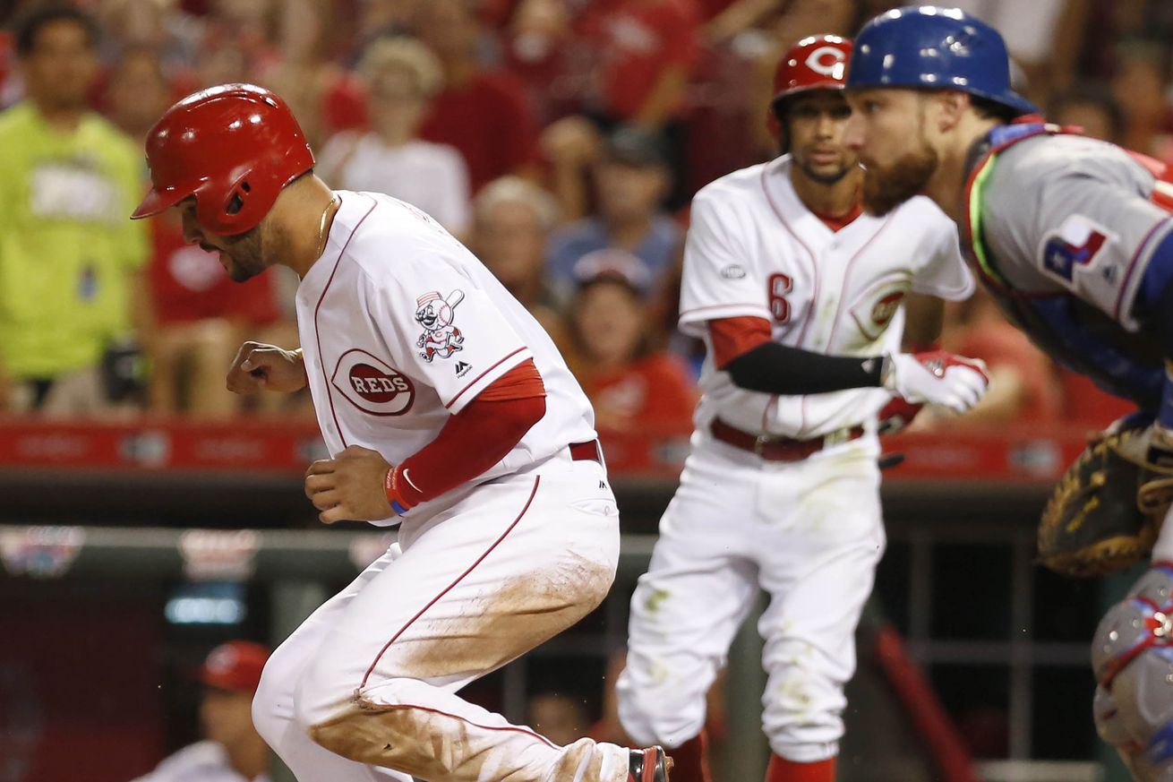 Dan Straily goes 6 innings as Reds beat Rangers 3-0