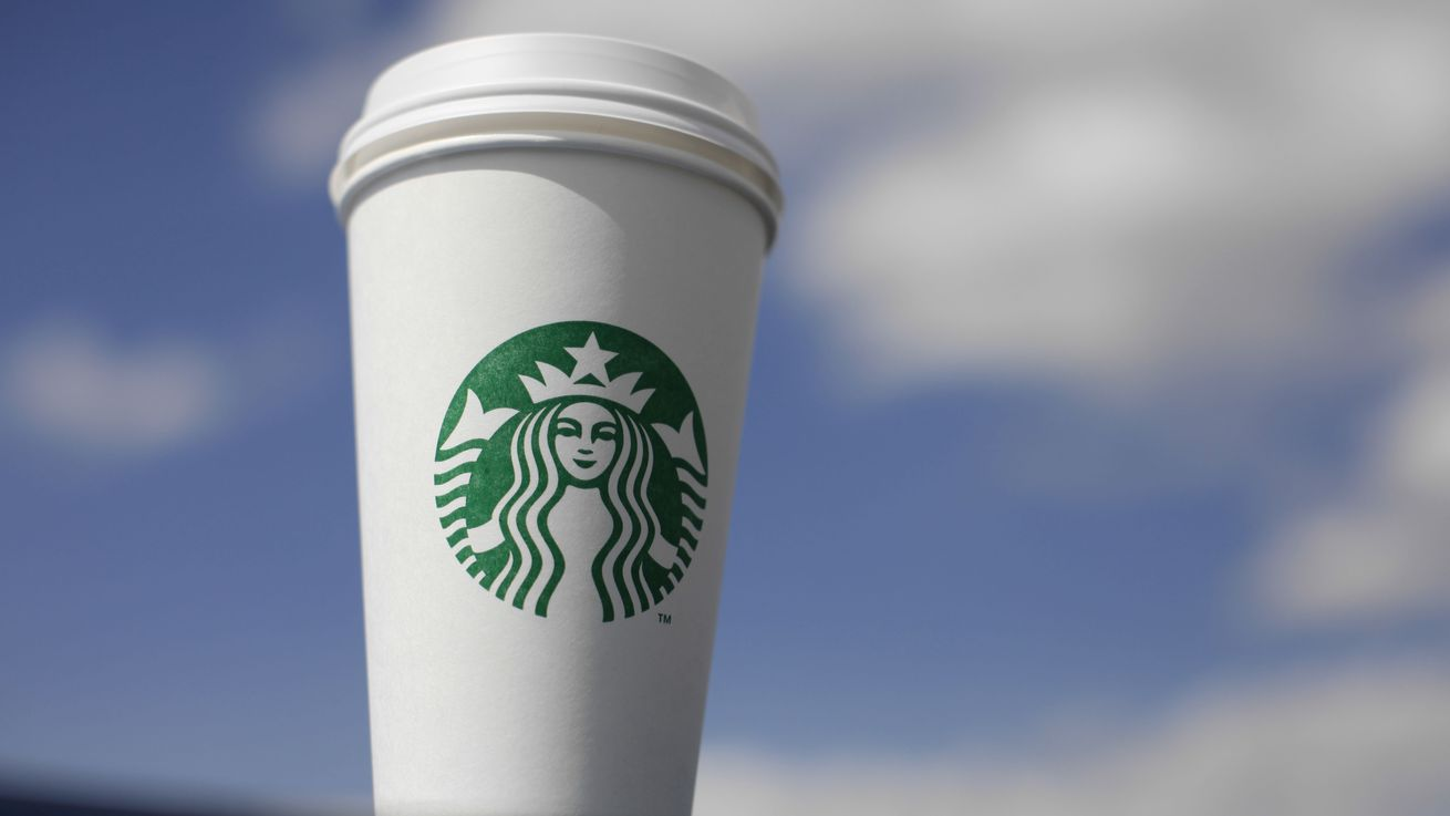 Starbucks hikes prices on coffee, espresso, tea lattes in U.S. stores