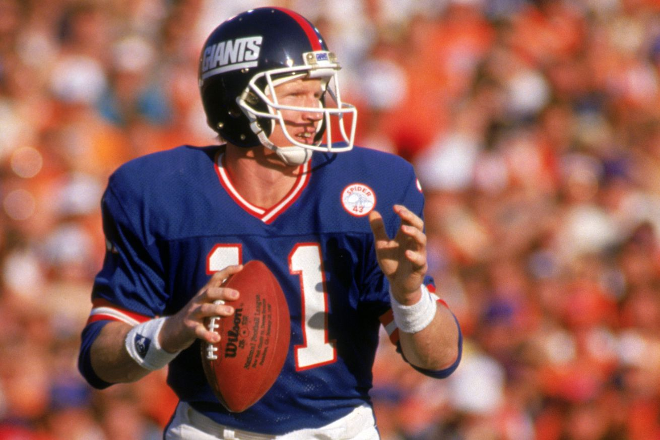 new york giants quarterback phil simms images