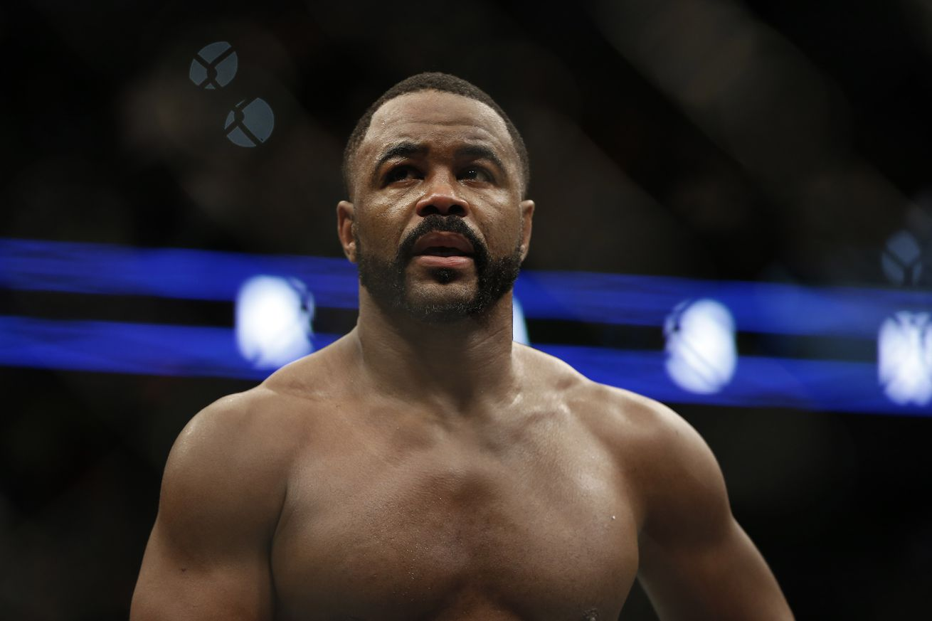 Jon Jones, Daniel Cormier react to Glover Teixeiras knockout of Rashad Evans at UFC on FOX 19