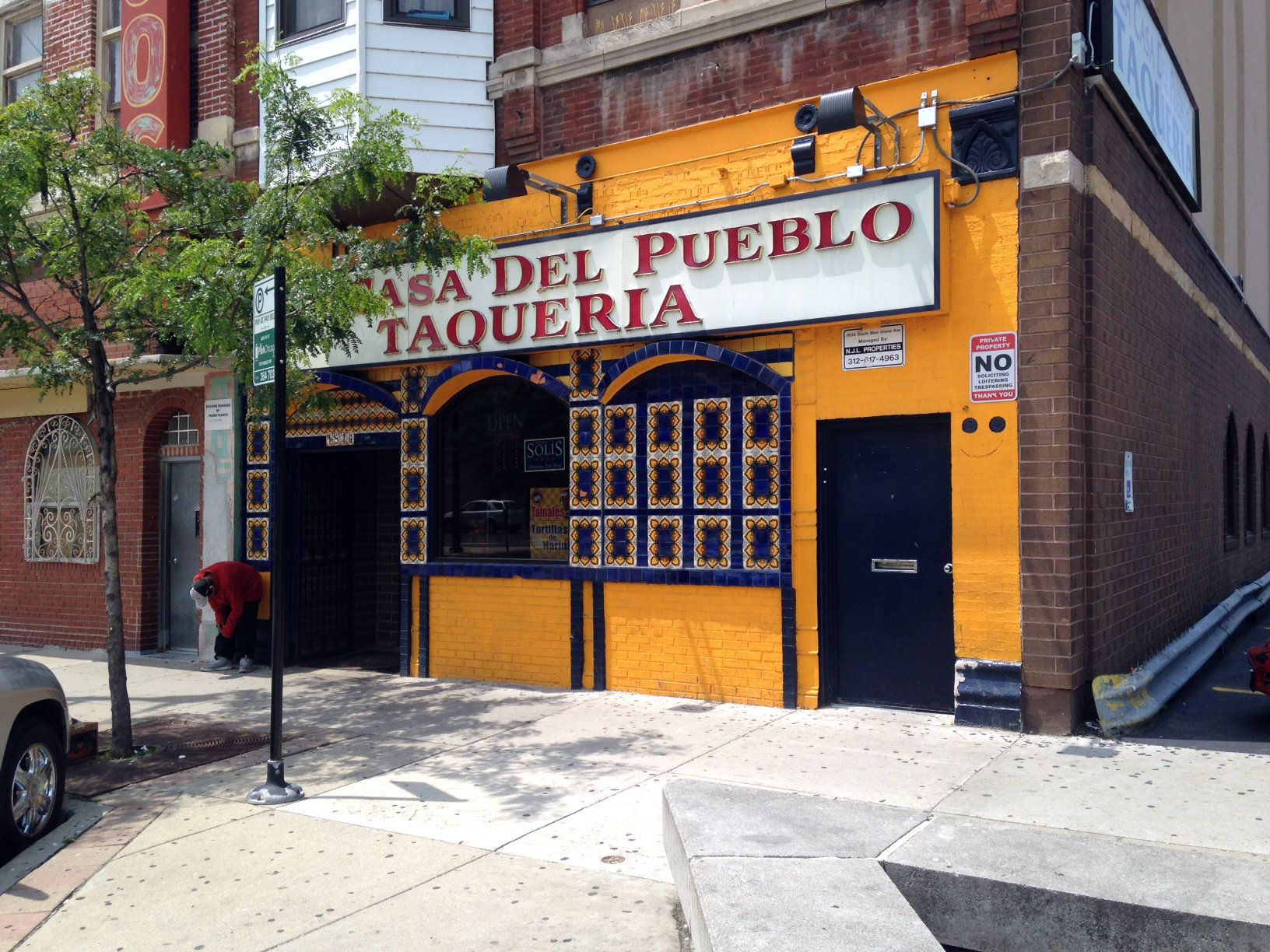 A day of dining for 10 in chicago eater chicago for Casa de pueblo