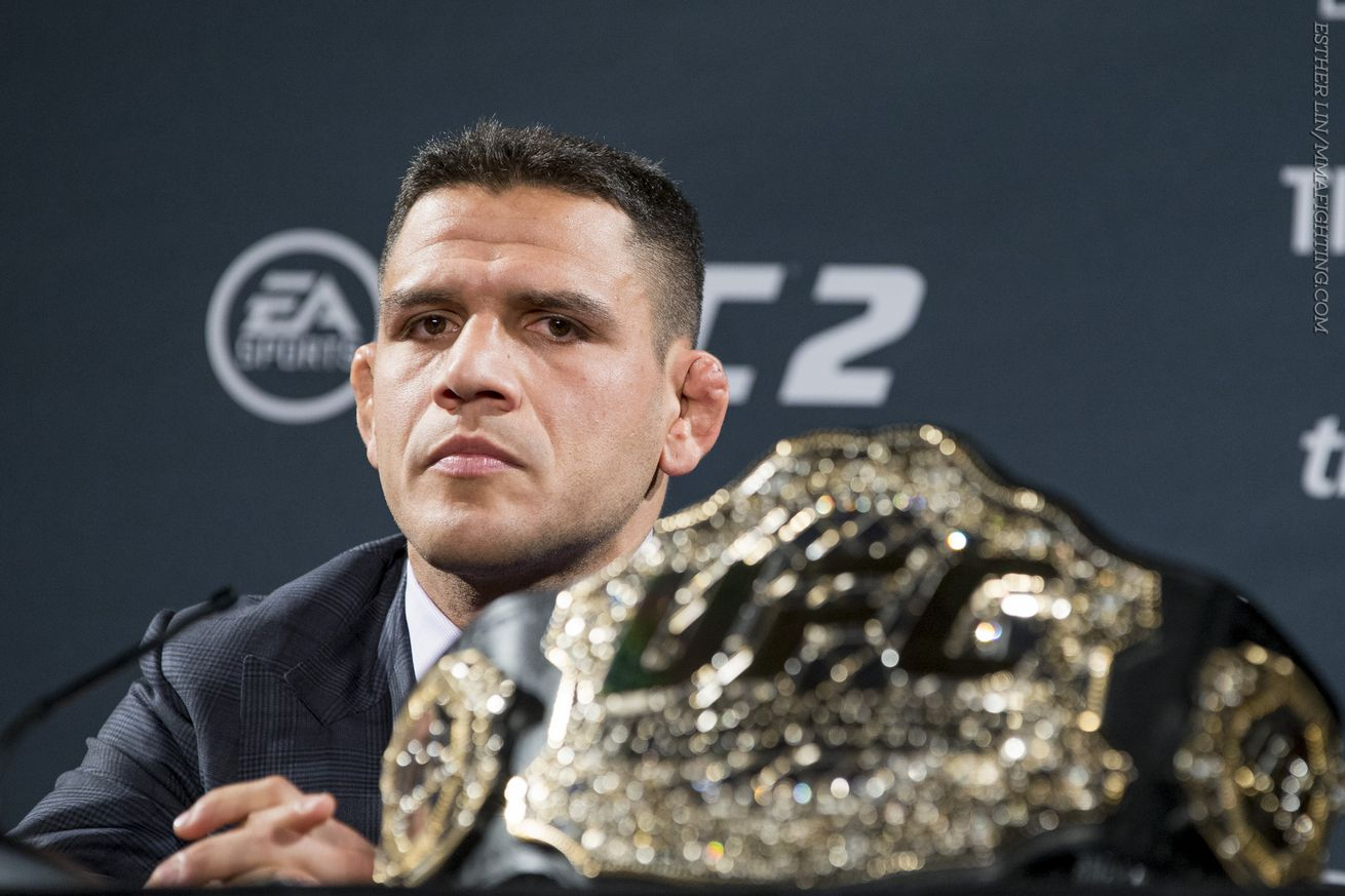 community news, Morning Report: Rafael dos Anjos calls Conor McGregor a coward for not defending his featherweight title