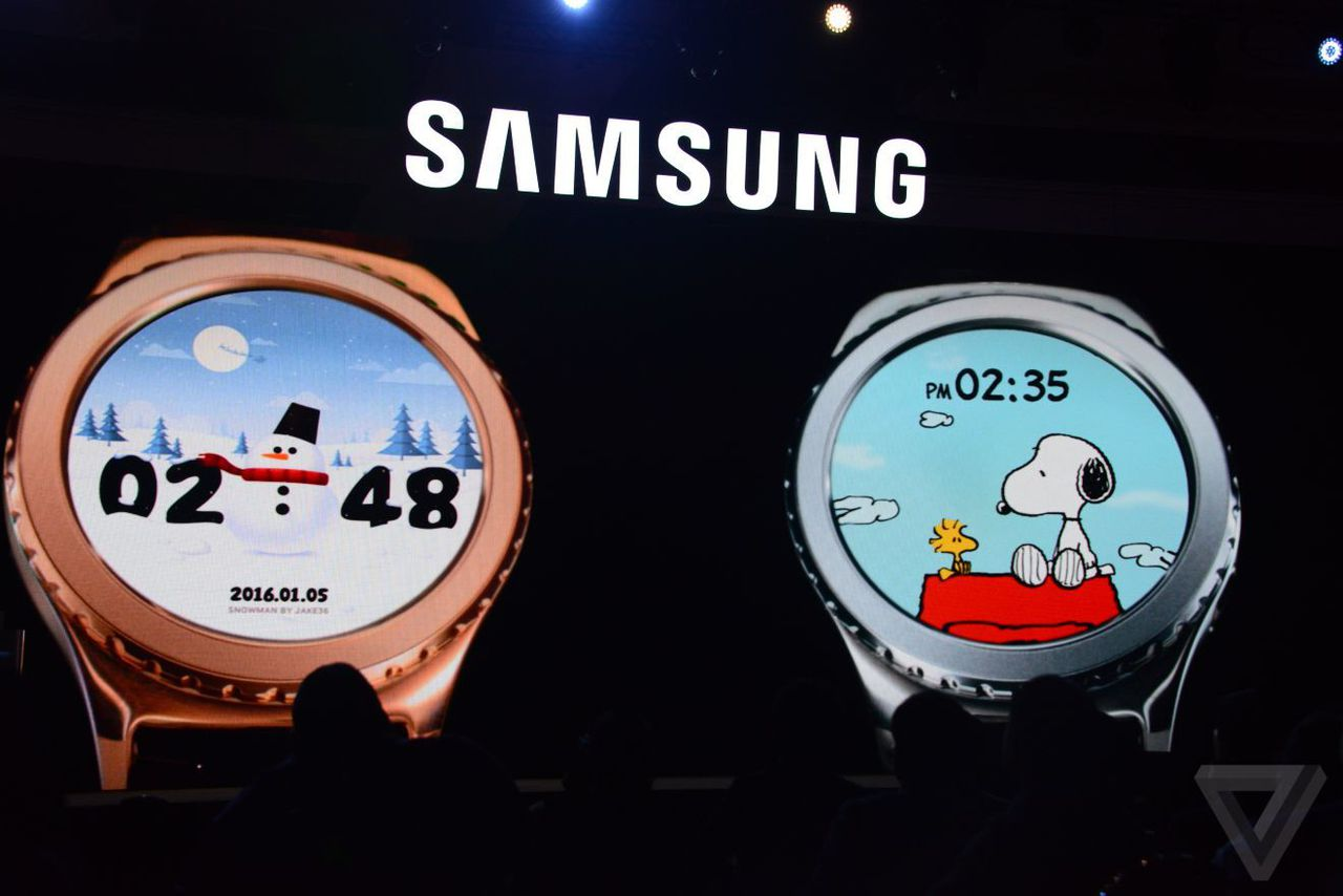 apple 39 s smartwatch has mickey so samsung got snoopy for the gear s2 the verge. Black Bedroom Furniture Sets. Home Design Ideas