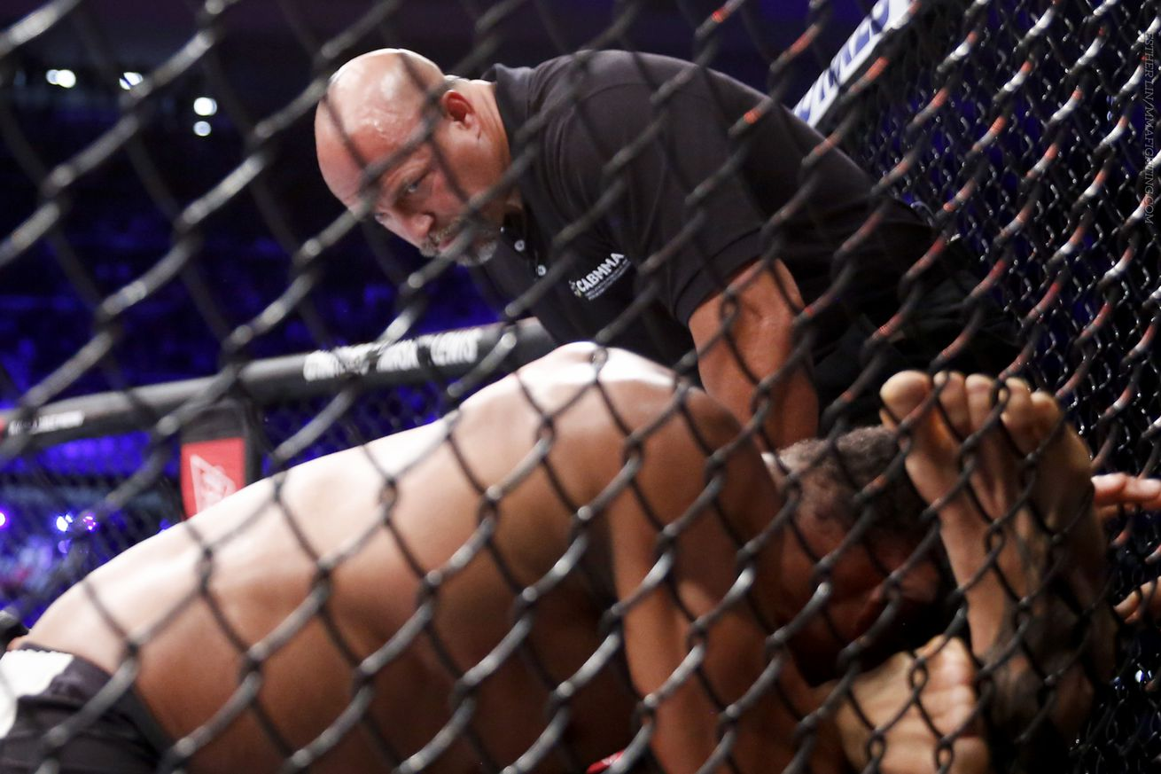 community news, Click Debate: Whats the delicate balance between an early and late MMA stoppage?