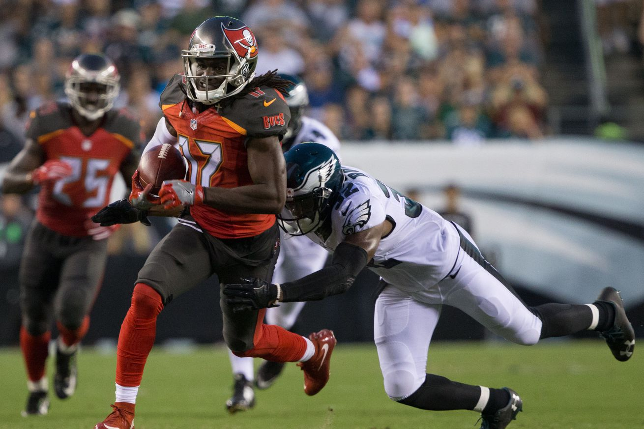 Bucs to waive-injure WR Donteea Dye due to hamstring