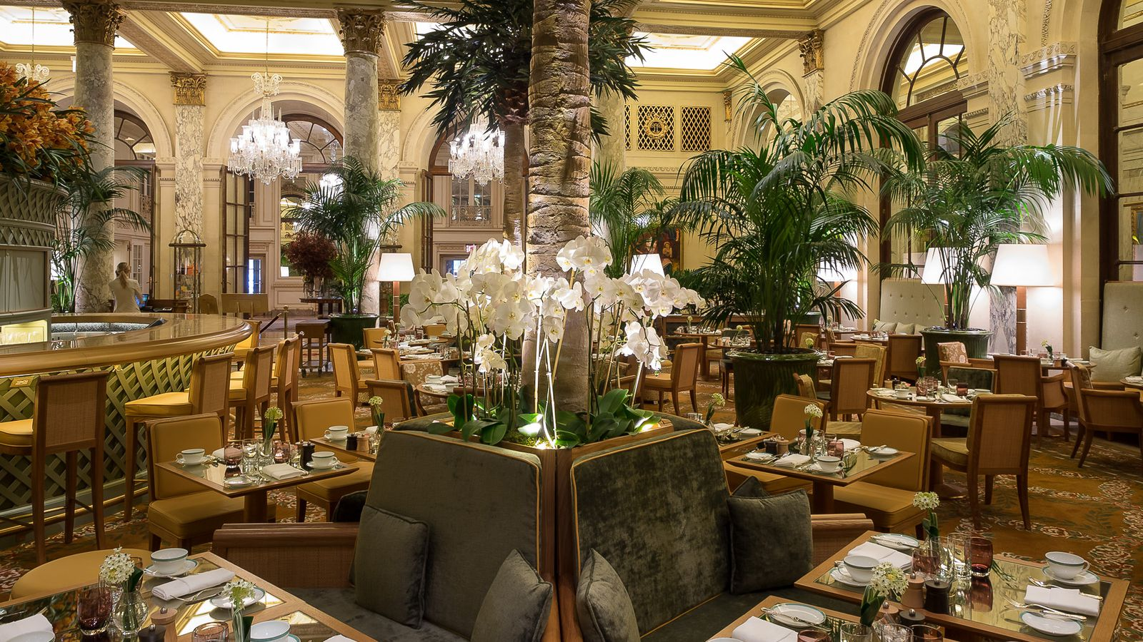 Food Hall Plaza Hotel S Basement