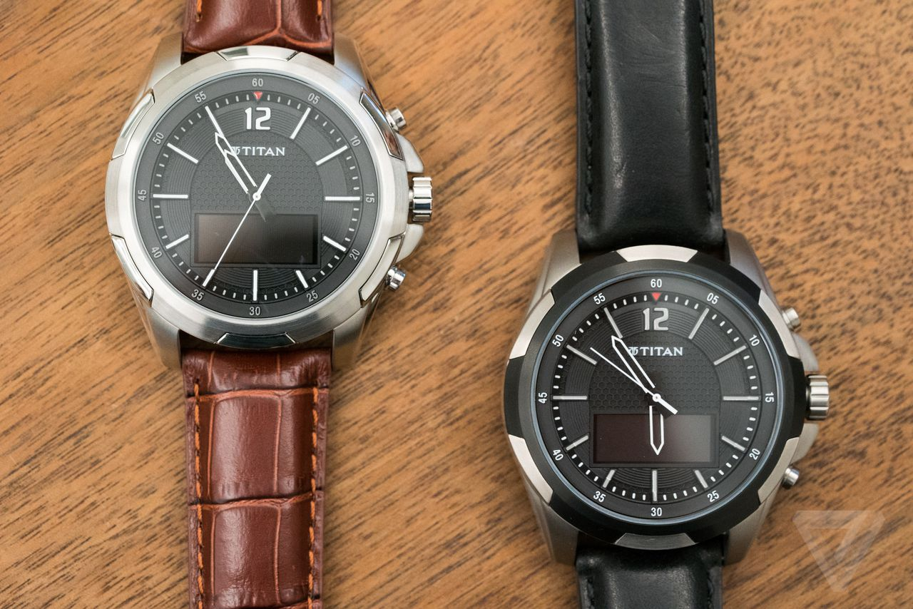The Juxt is another smart analog watch with a dumb name ...