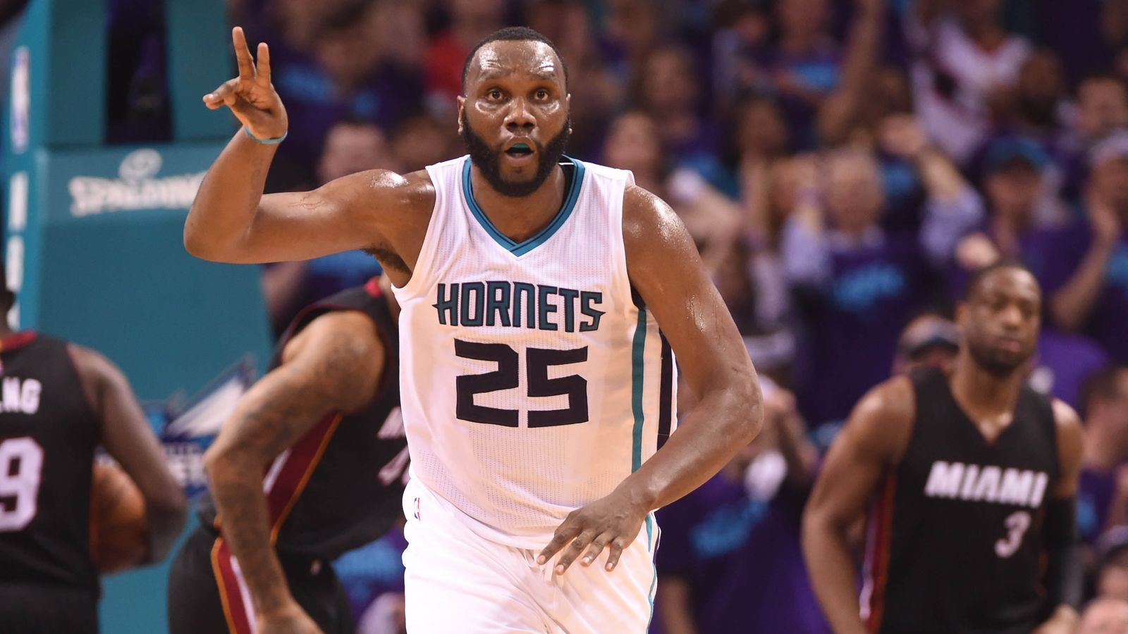 Al Jefferson agrees to $30 million deal with Pacers, per report