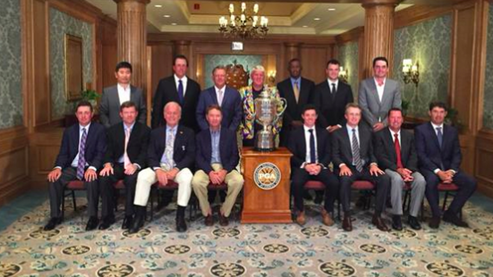pga champions dinner photo features crazy john daly coat