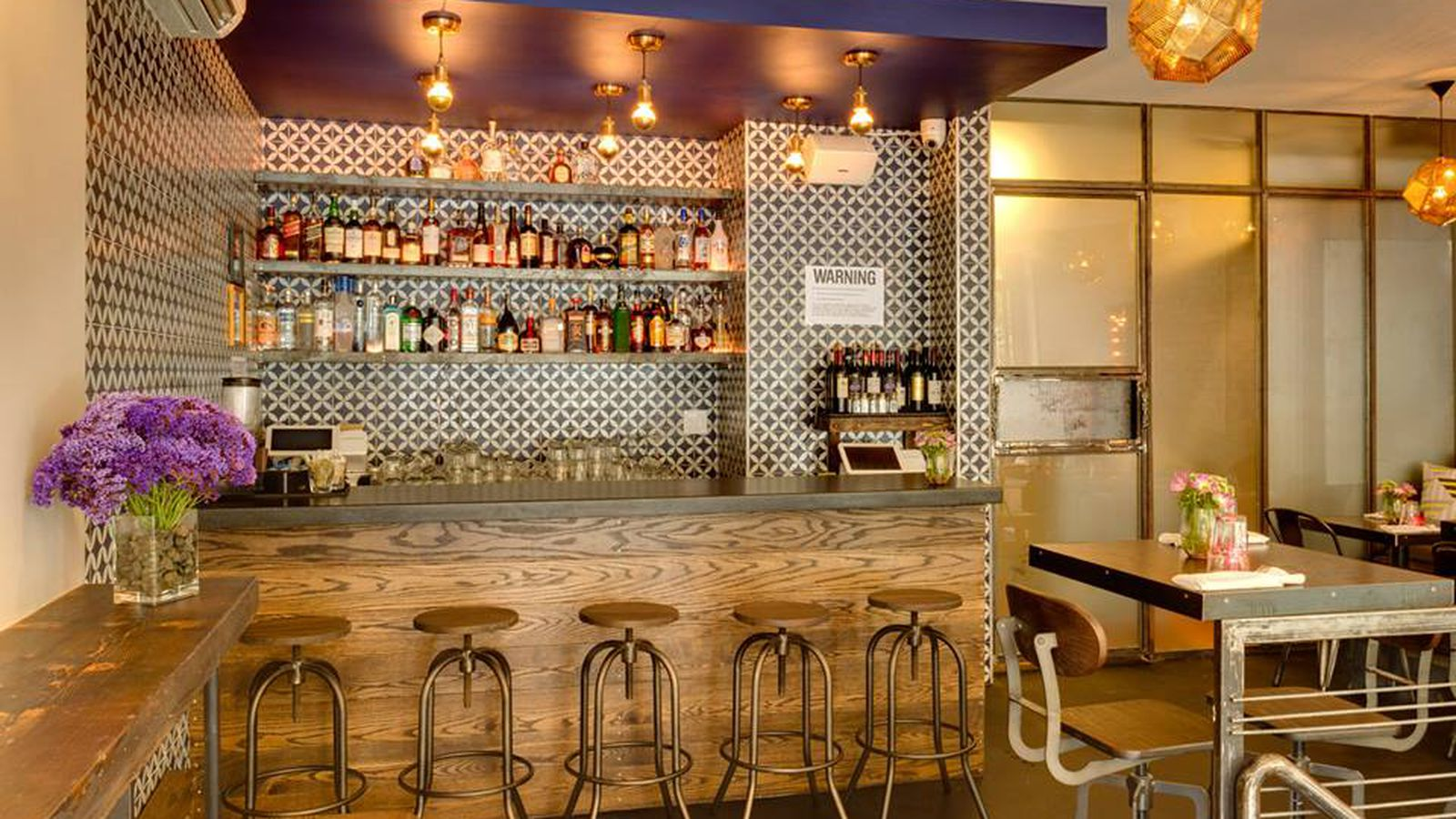 Zabb sake bar secara gossip coffee and more openings for Aura thai fusion cuisine new york ny