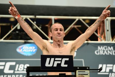 UFC Fight Night 76 results: Neil Seery submits Jon Delos Reyes by guillotine choke