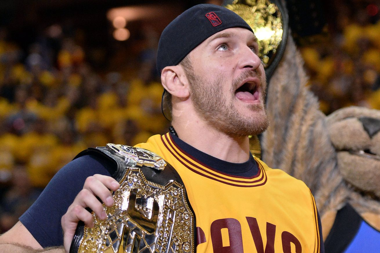 Latest UFC 203 odds: Stipe Miocic opens as betting favorite over Alistair Overeem for Sept. 10 title fight