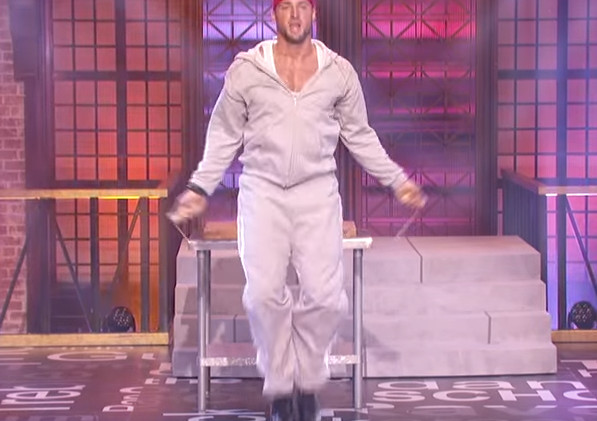 Tim Tebow takes on 'Lip Sync Battle'