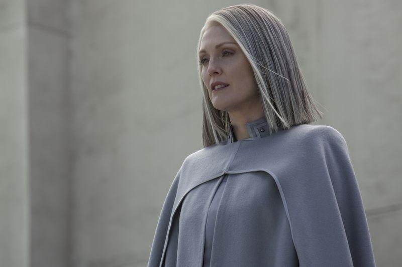 Julianne Moore in Hunger Games.
