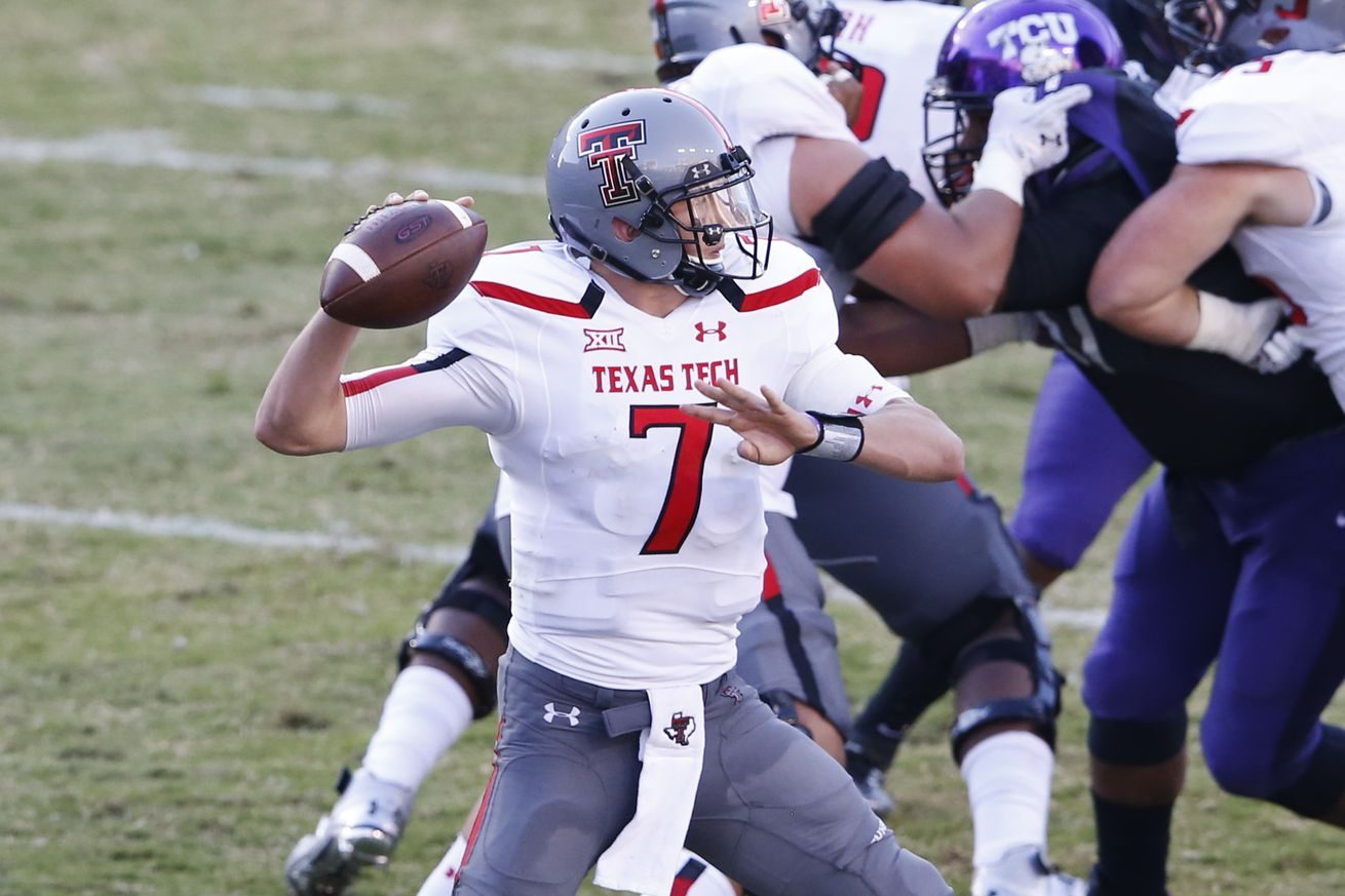 Potential Jared Goff replacement: Davis Webb transferring to Cal