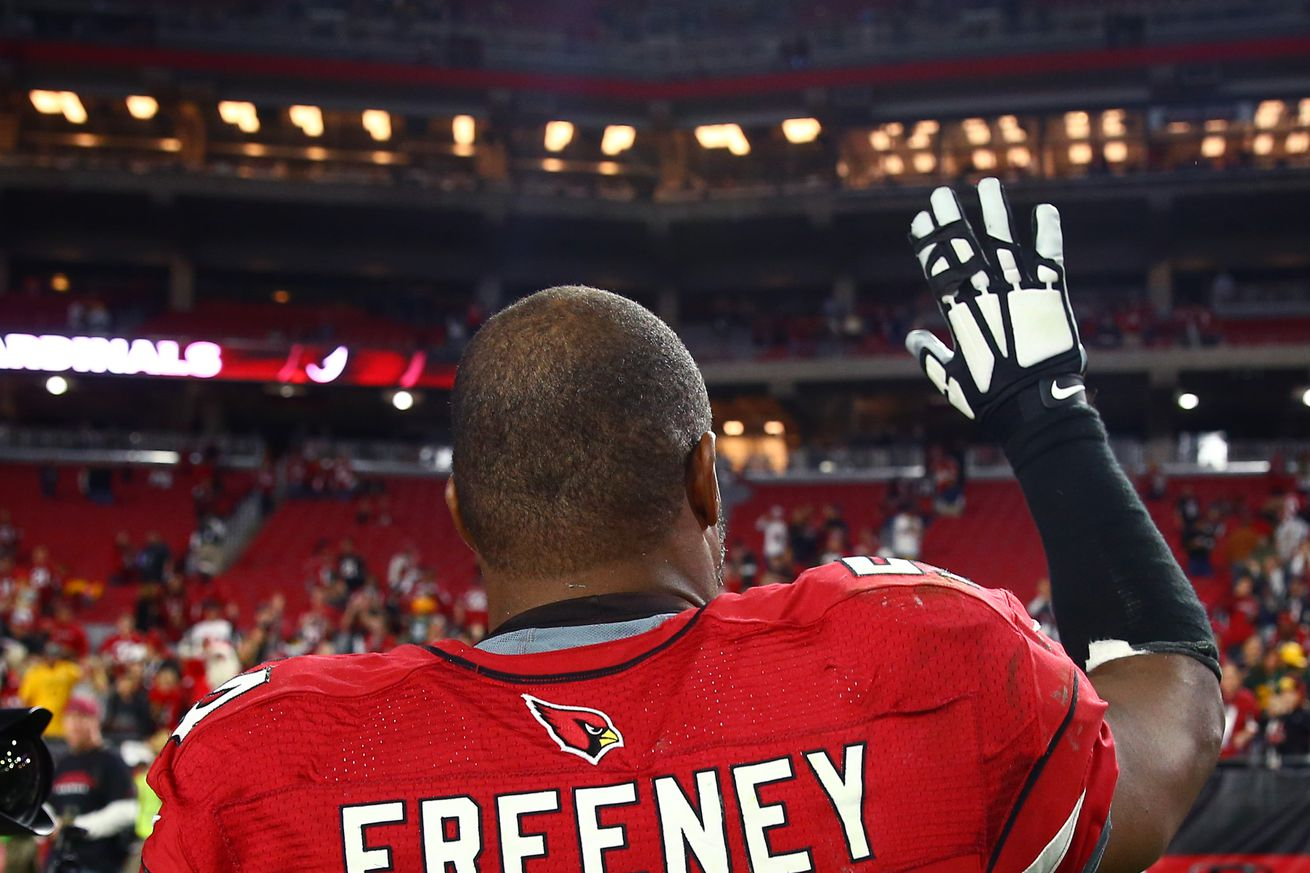 DE Dwight Freeney headed to Atlanta to sign deal with Falcons