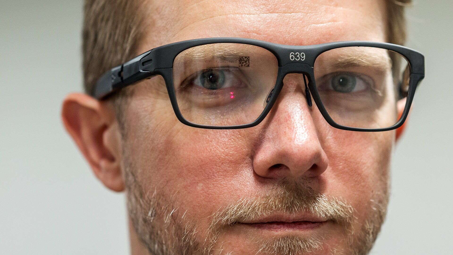 90e59fc43a6 Exclusive  Intel s new Vaunt smart glasses actually look good - The Verge