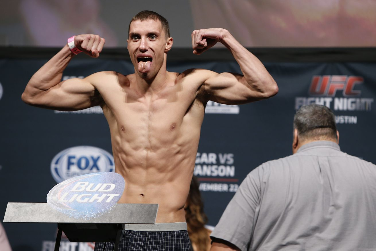 community news, James Vick steps in to face Evan Dunham in lightweight duel at UFC 199