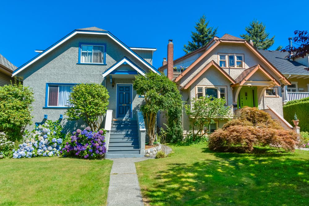 The average — yes, average — home price in Vancouver has risen to $960,000 USD as of Jan. 2016.