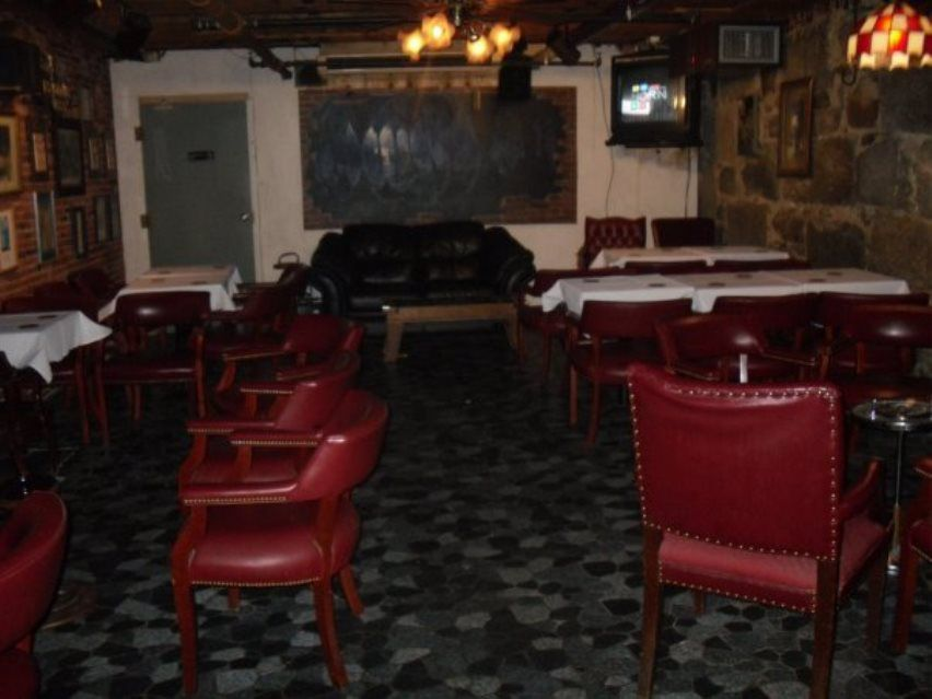 ... to Encounter the Ghost of Marilyn Monroe and 16 Other Haunted Bars