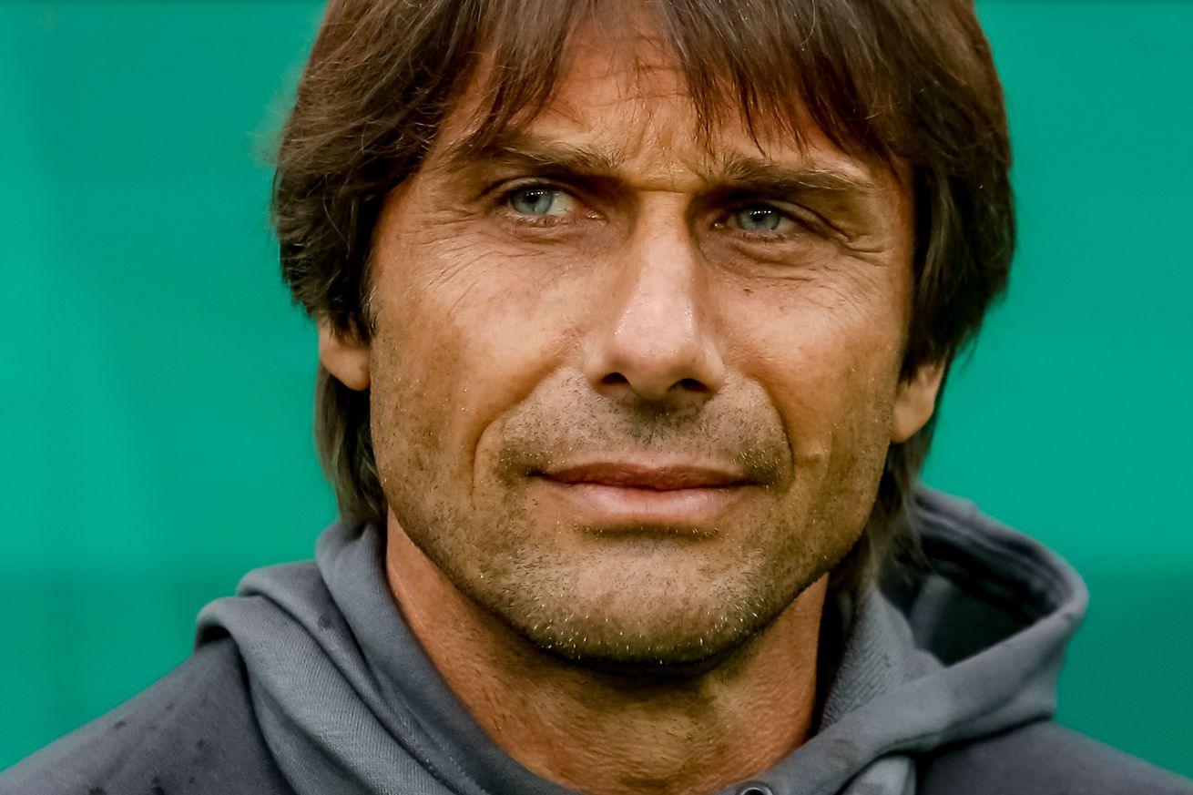 Rapid Vienna 2-0 Chelsea: Antonio Conte loses first game