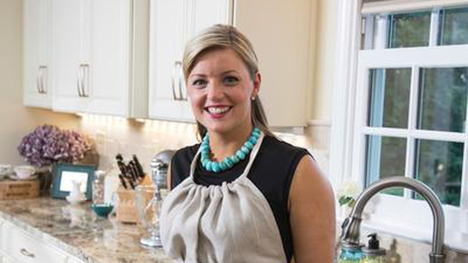 Damaris Phillips 39 S Show Southern At Heart Debuts Eater Louisville