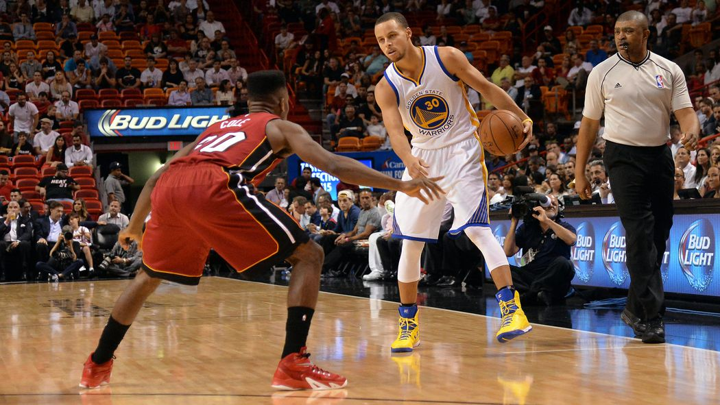 GameStream: Curry's hot hand leads Warriors past Heat late, 114-97 - Hot Hot Hoops