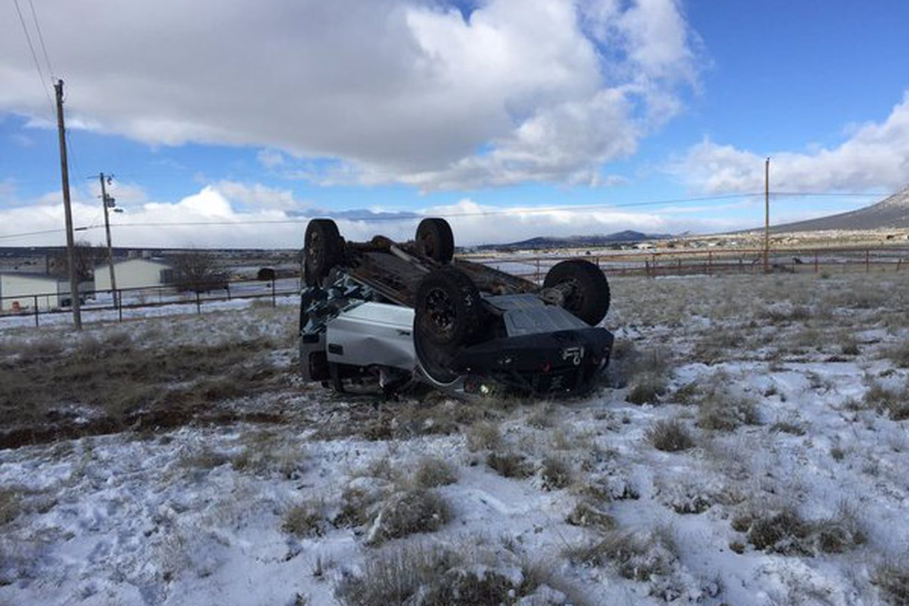 Donald Cerrone rolls his truck in New Mexico, continues on to training sessions