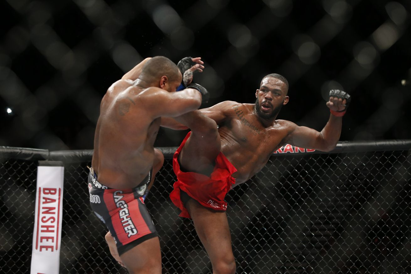 Jon Jones doesnt think Daniel Cormier would fight him at Madison Square Garden