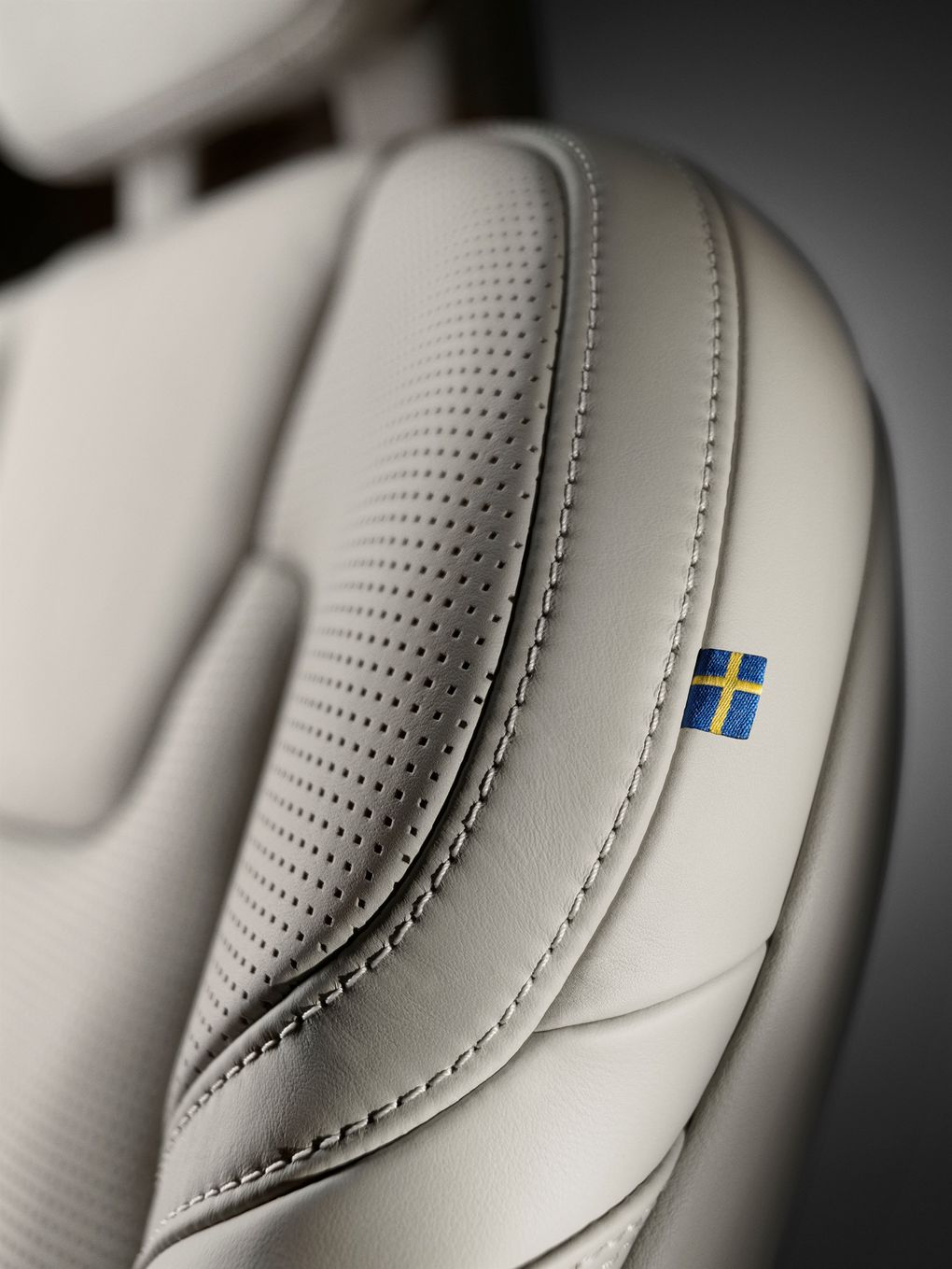 170089_Close_up_Volvo_S90_seat_Made_by_S