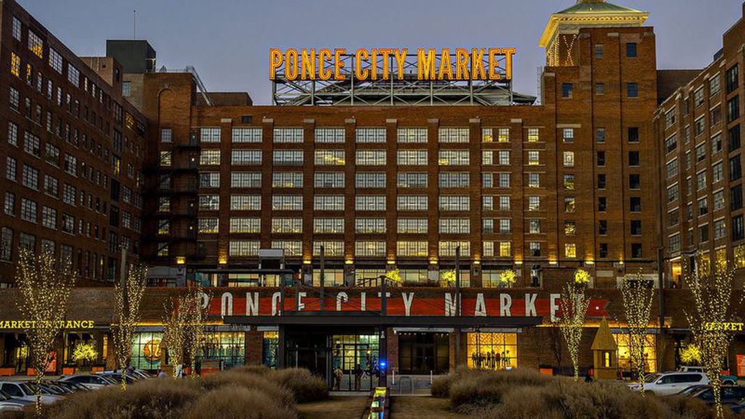 First Look Ponce City Market S Vintage Rooftop Fun Zone