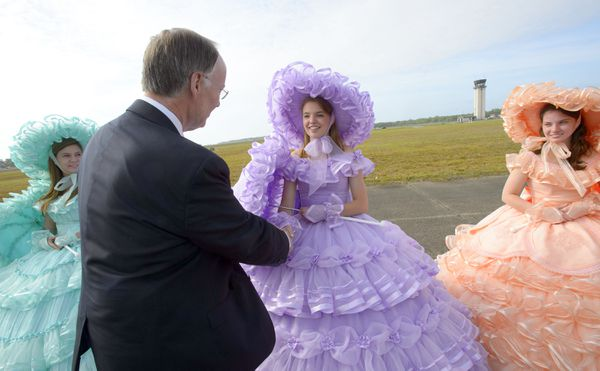 As long as this photo exists, we will use no other of Robert Bentley.